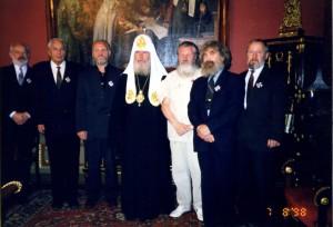 С патриархом Алексием II при награждении орденом св. благ. Даниила Московского.