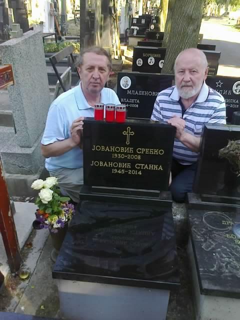 Со Срето Танасичем у могилы Сречко и Станки